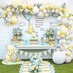 Neutral Classic Pooh Balloon Garland Kit