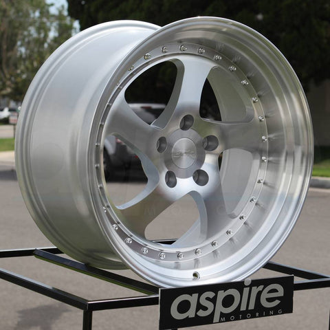 ESR Wheels SR02 Machined Silver
