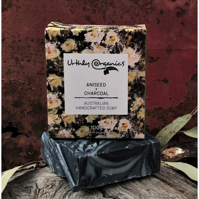 URTHLY Aniseed & Charcoal Soap