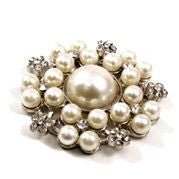 Brooch Large Pearl & Diamante