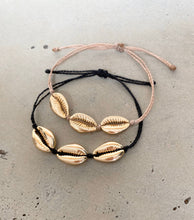 Load image into Gallery viewer, Gold Cowrie Shell Bracelet