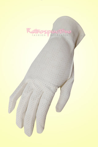 Vintage Cream eyelet Gloves