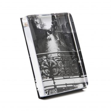 WOODBURY VERTICAL PHOTO BLOCK, 7ʺ X 5ʺ (GIFT BOXED)