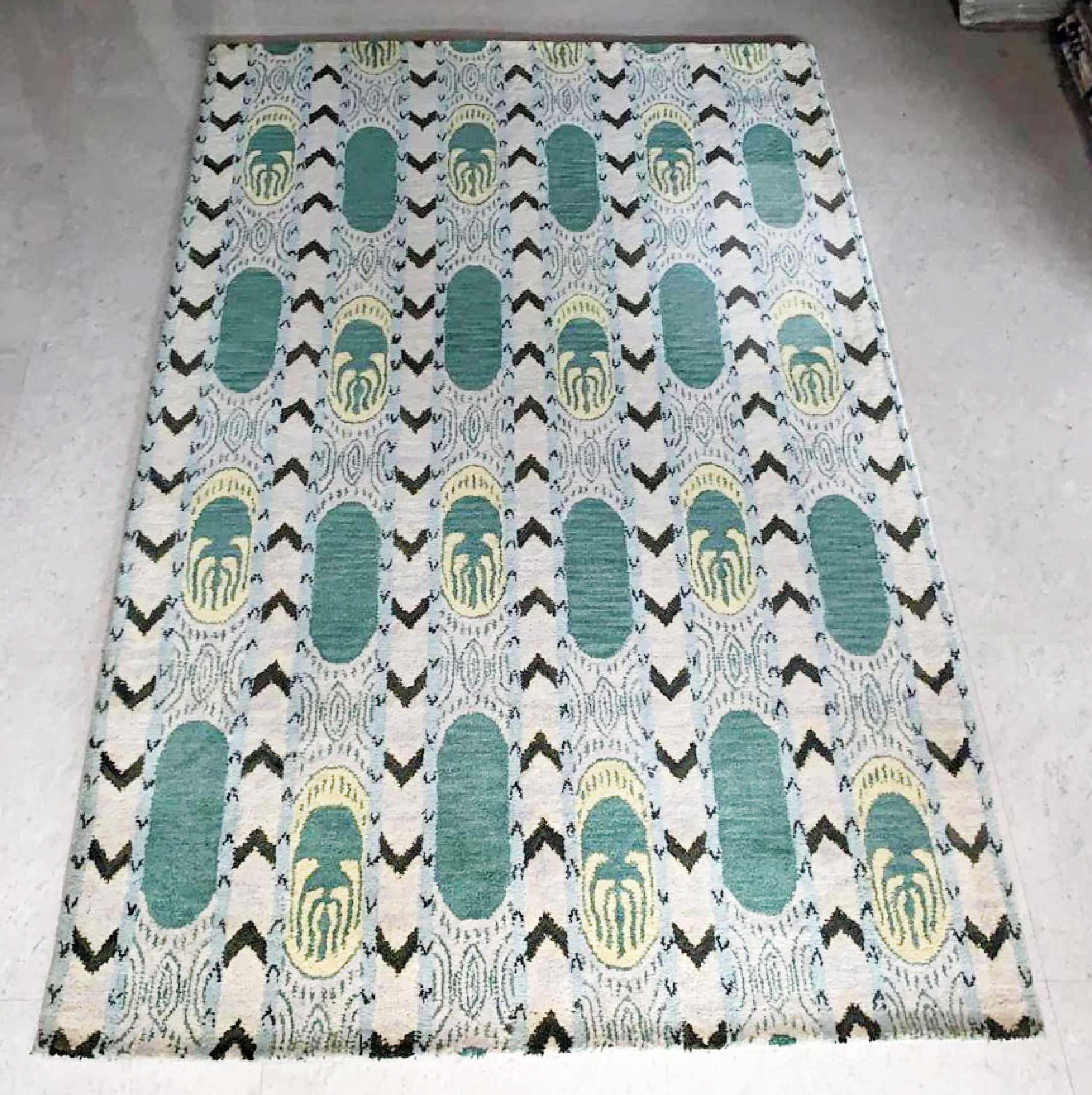 Detec™ Wool Hand Tufted Rug