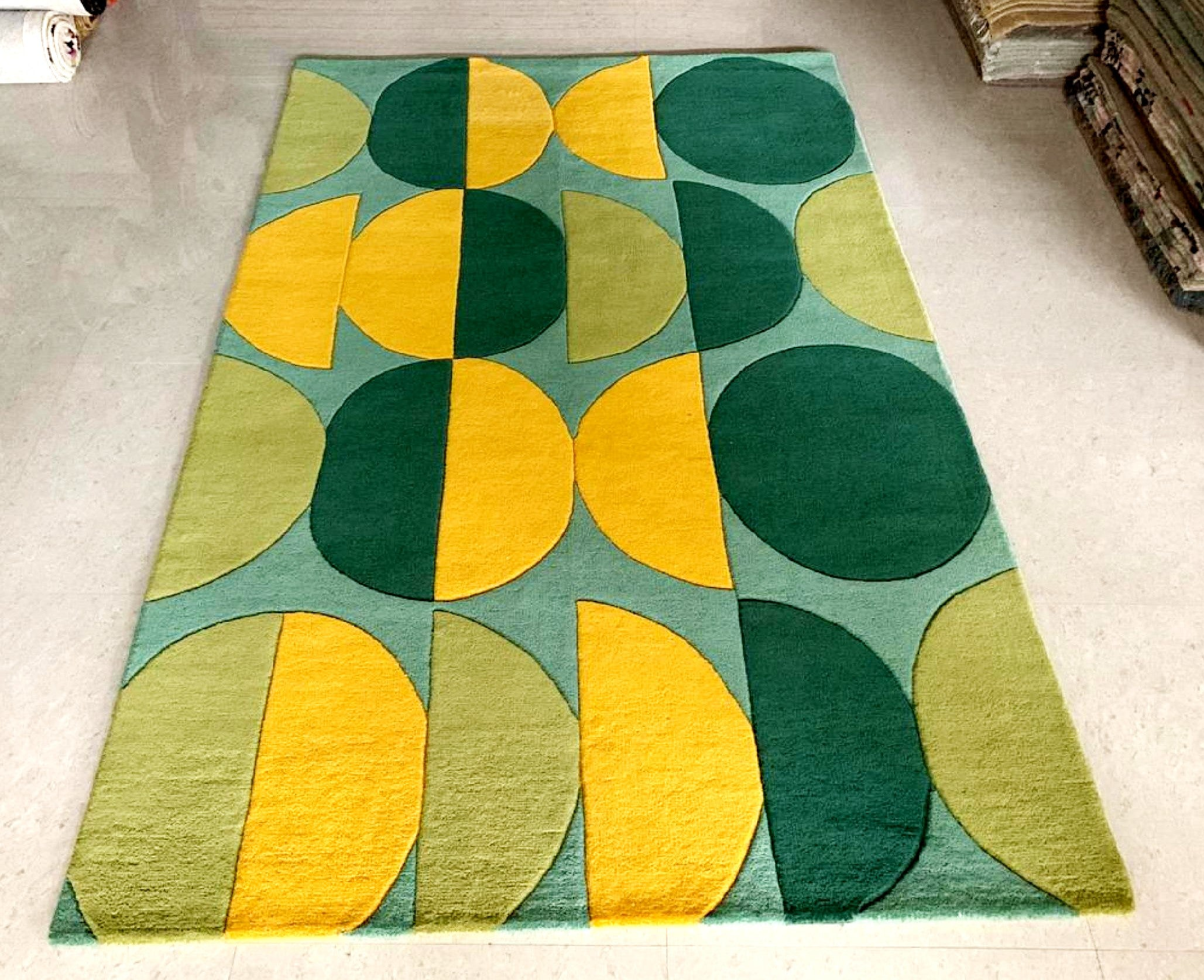 Detec™ Wool Hand Tufted Rug - Shades of Green