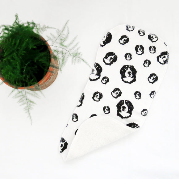 bernese-mountain-dog-owner-baby-shower-gift-baby-burp-cloths
