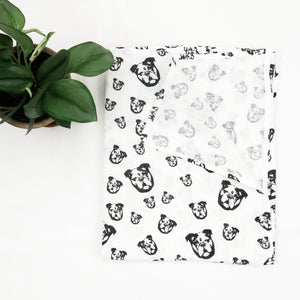 Organic-muslin-swaddle-blanket-with-English-Bulldog-print