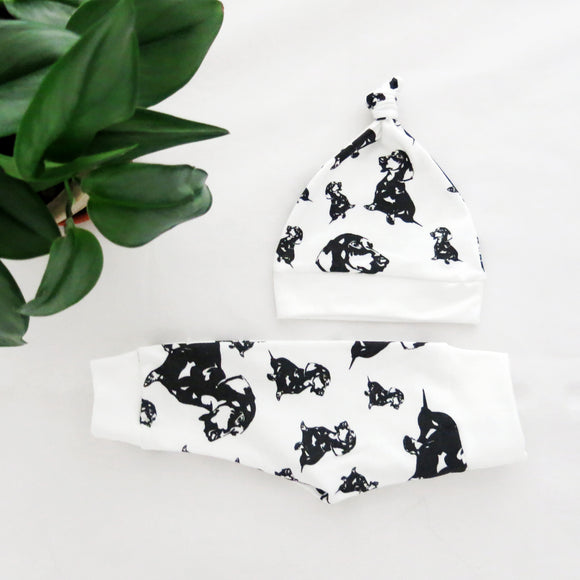 dachshund-baby-clothes-hat-leggings