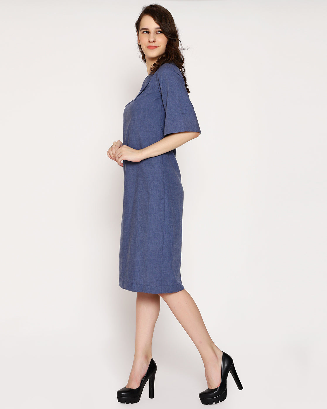The Veronica Wide Collar - Aged Denim