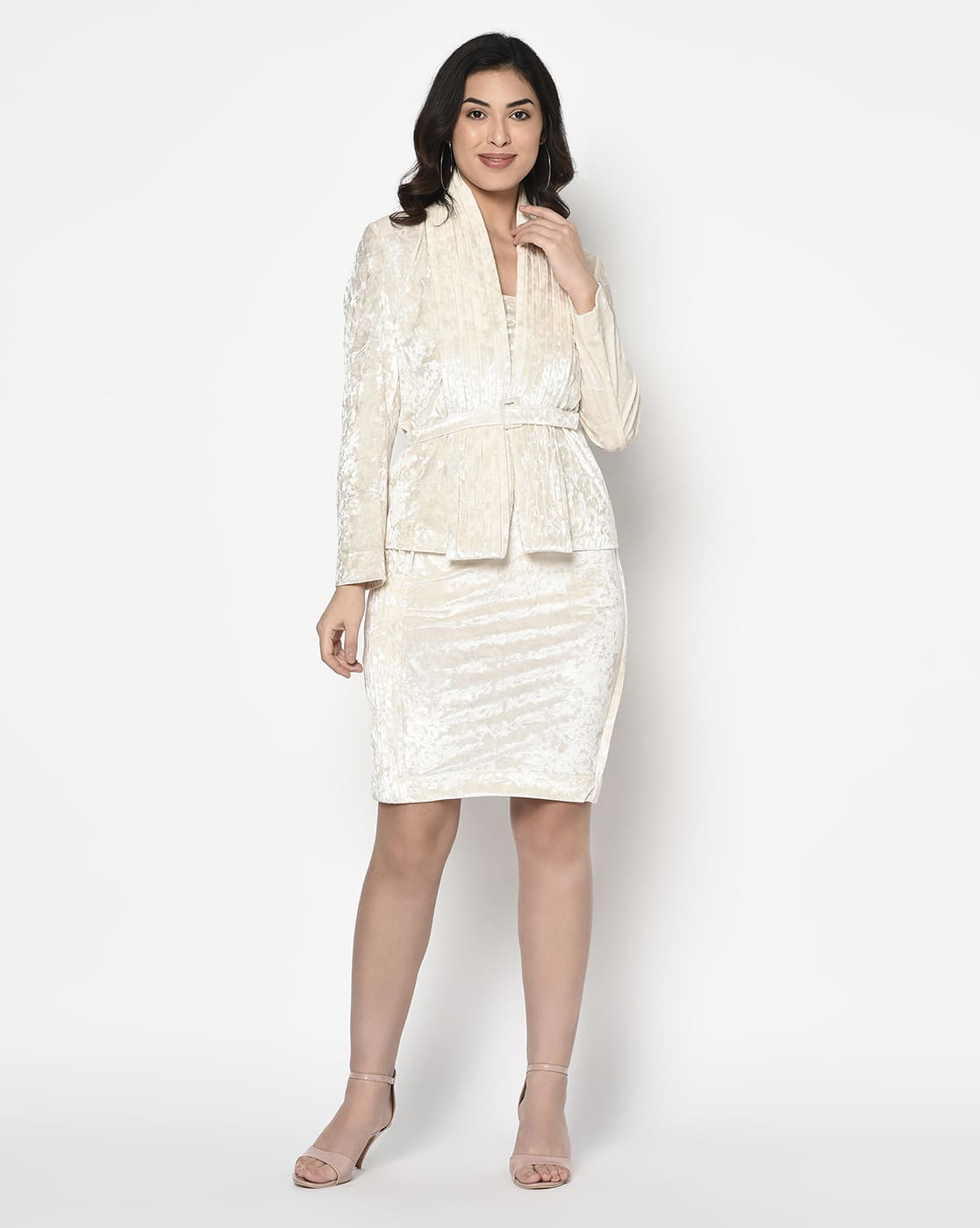 White velvet pleated coller blazer with Belt