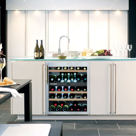 LIEBHERR UWTES1672 Integrated Dual Zone Wine Cabinet