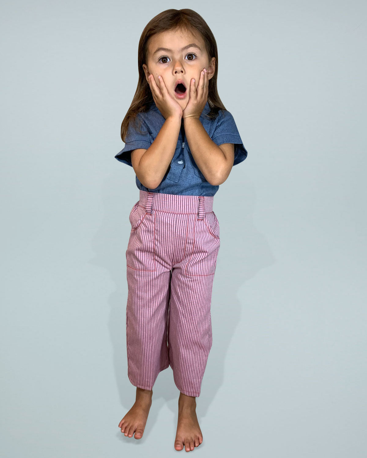 High waisted pink pants for toddlers and kids. Two pockets