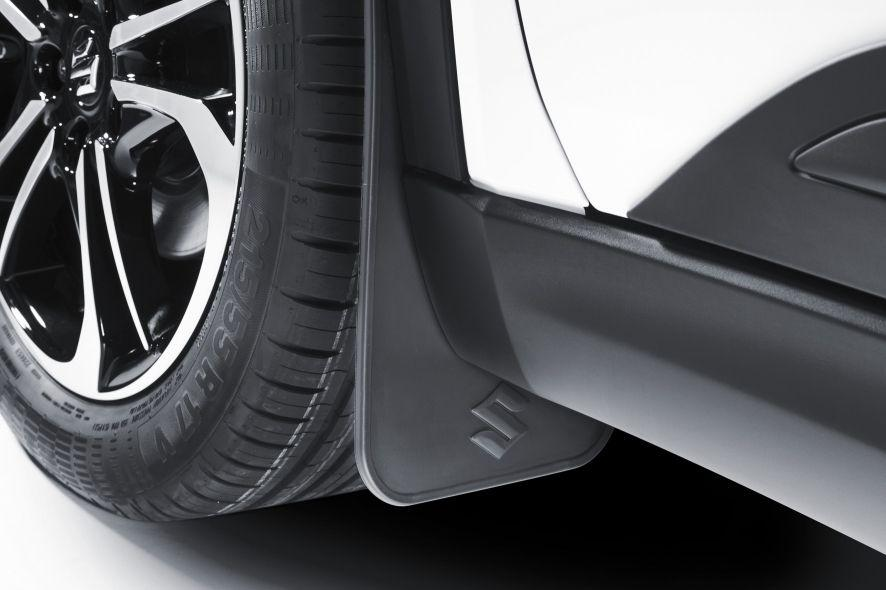 Suzuki Vitara Mudflap Set Flexible Front