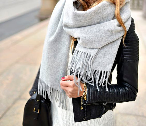 accessories , scarf , watch , winter