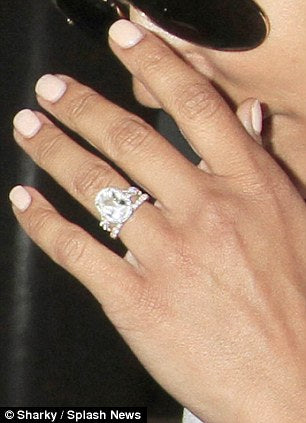 Our Top Celebrity Rose Gold Engagement Rings Pica L 233 La