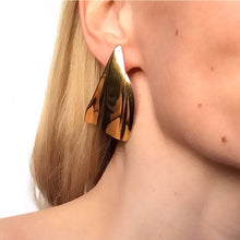 Load image into Gallery viewer, Lorne Statement Earrings