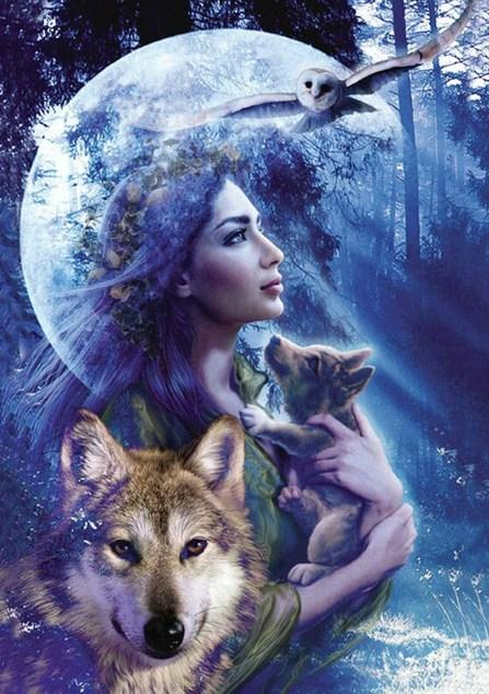 Goddess of the Moon & Hunt Diamond Painting
