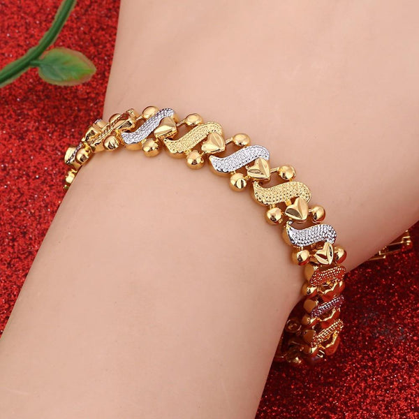 24K Vacuum Plated Heart Bangle freeshipping - looksCares