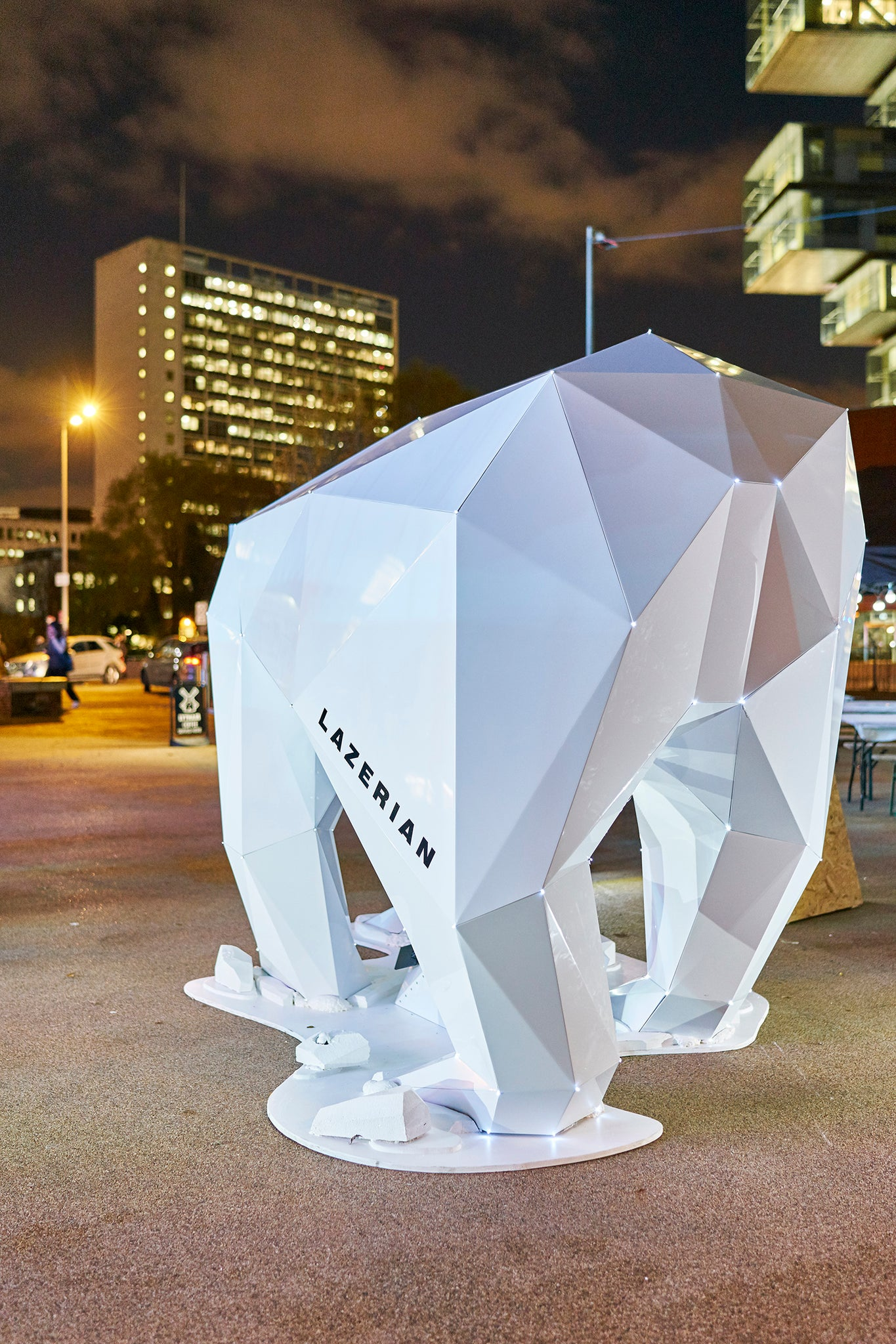 polar bear manchester sculpture