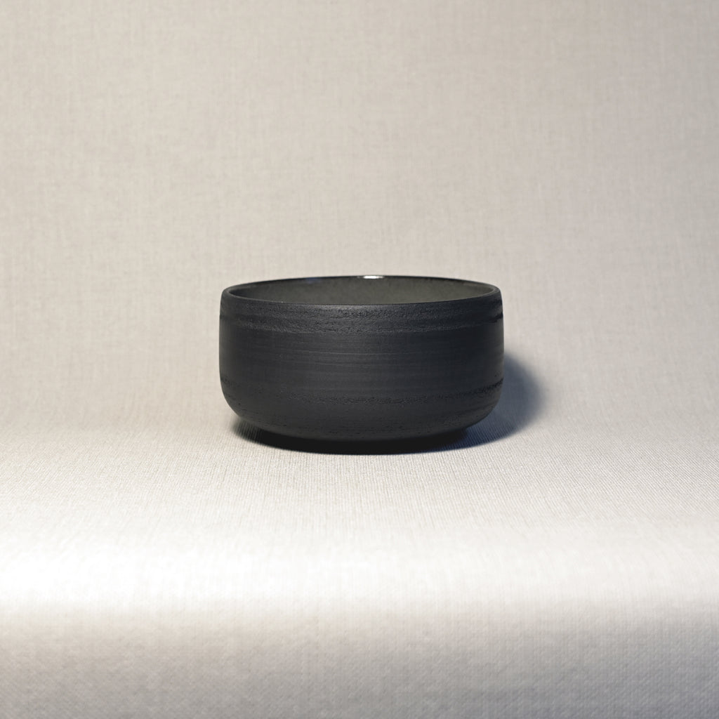Bowl - black gloss