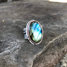 Load image into Gallery viewer, Onawa Ring - Copper Bezel, Sterling Silver