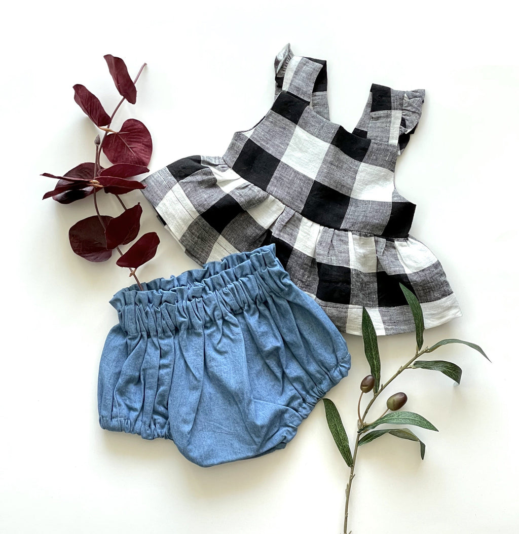Flutter sleeve top with denim bloomers