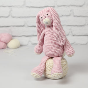 Wool Couture | Mabel Bunny Knitting Kit | 2021 AAA Spring Show Kit
