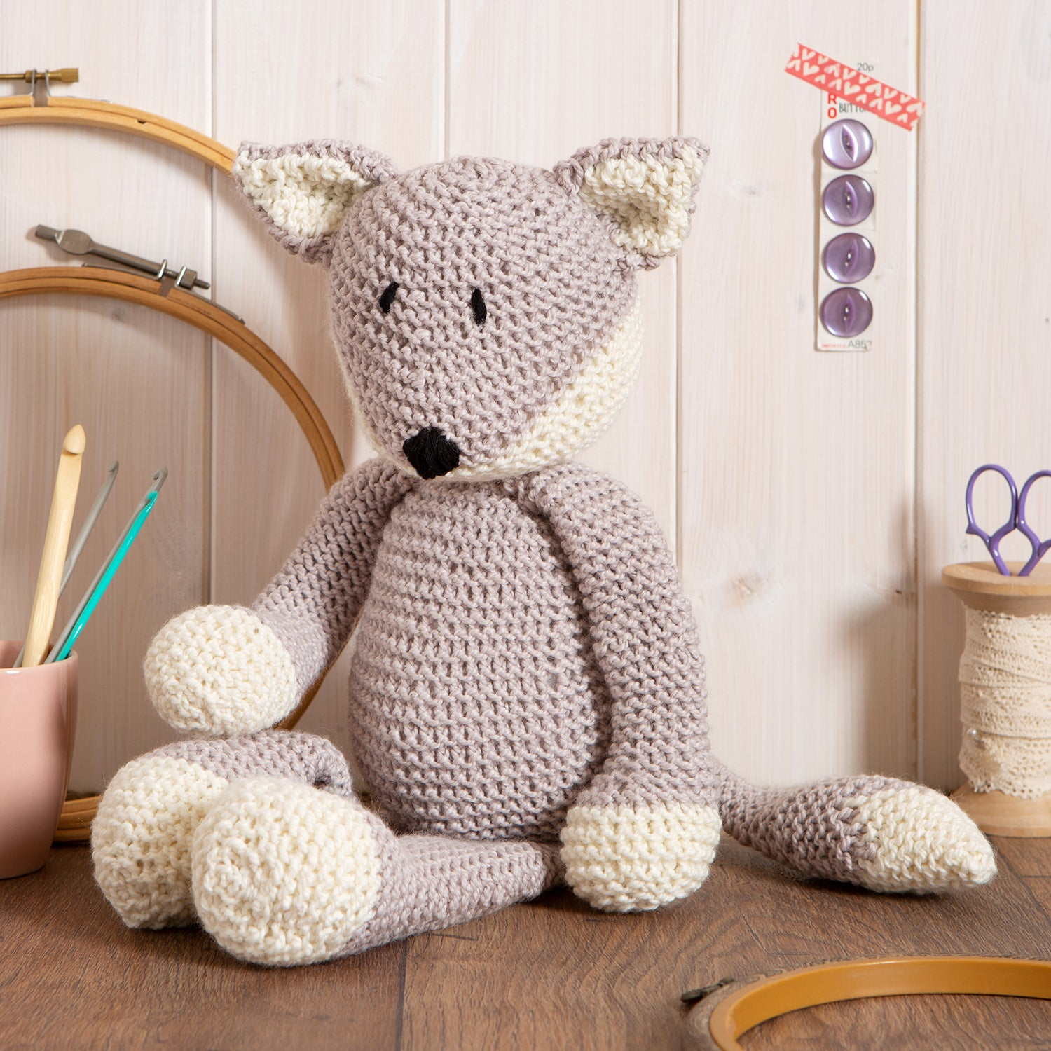 Wool Couture | Basil The Fox Knitting Kit | 2021 AAA Spring Show Kit