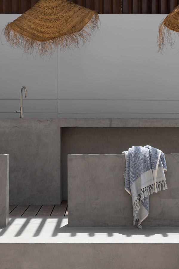 CRYSTAL GREY ARTISAN BATH TOWEL BIG
