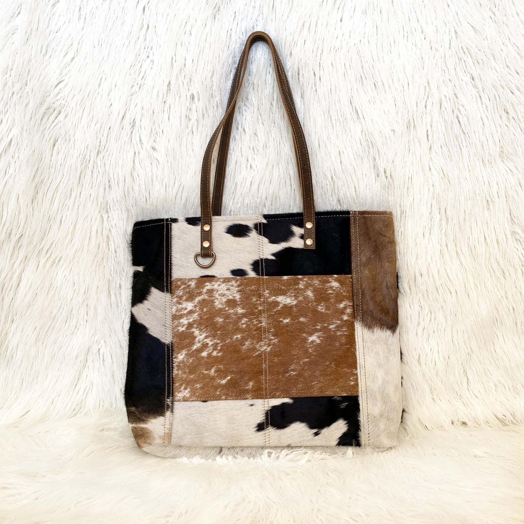 Patchwork Hide Shoulder Bag / Black/Natural