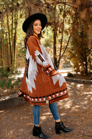 Diamond Back Cabin Cardigan / Rust