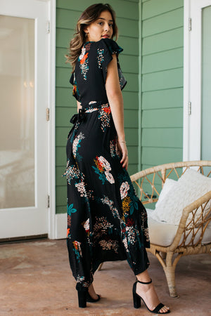 Bouquet Flutter Sleeve Wrap Dress / Black