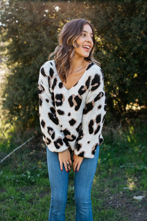 Leopard V-Neck Sweater / Ivory