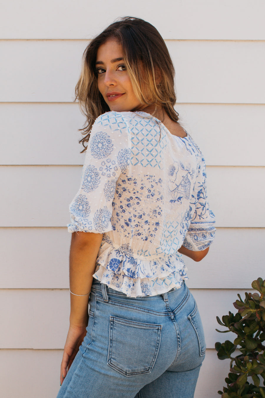 Paisley Batik Quarter Sleeve Top / White