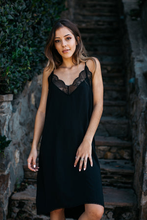 Laced Trimmed Slip Dress / Black