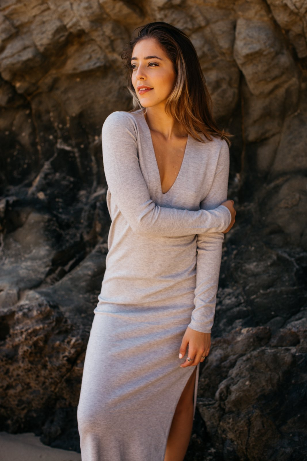 Long Sleeve V-Neck Maxi Sweater Dress / Heather Grey