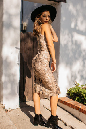 Snake Buttoned Sleeveless Midi Dress / Brown