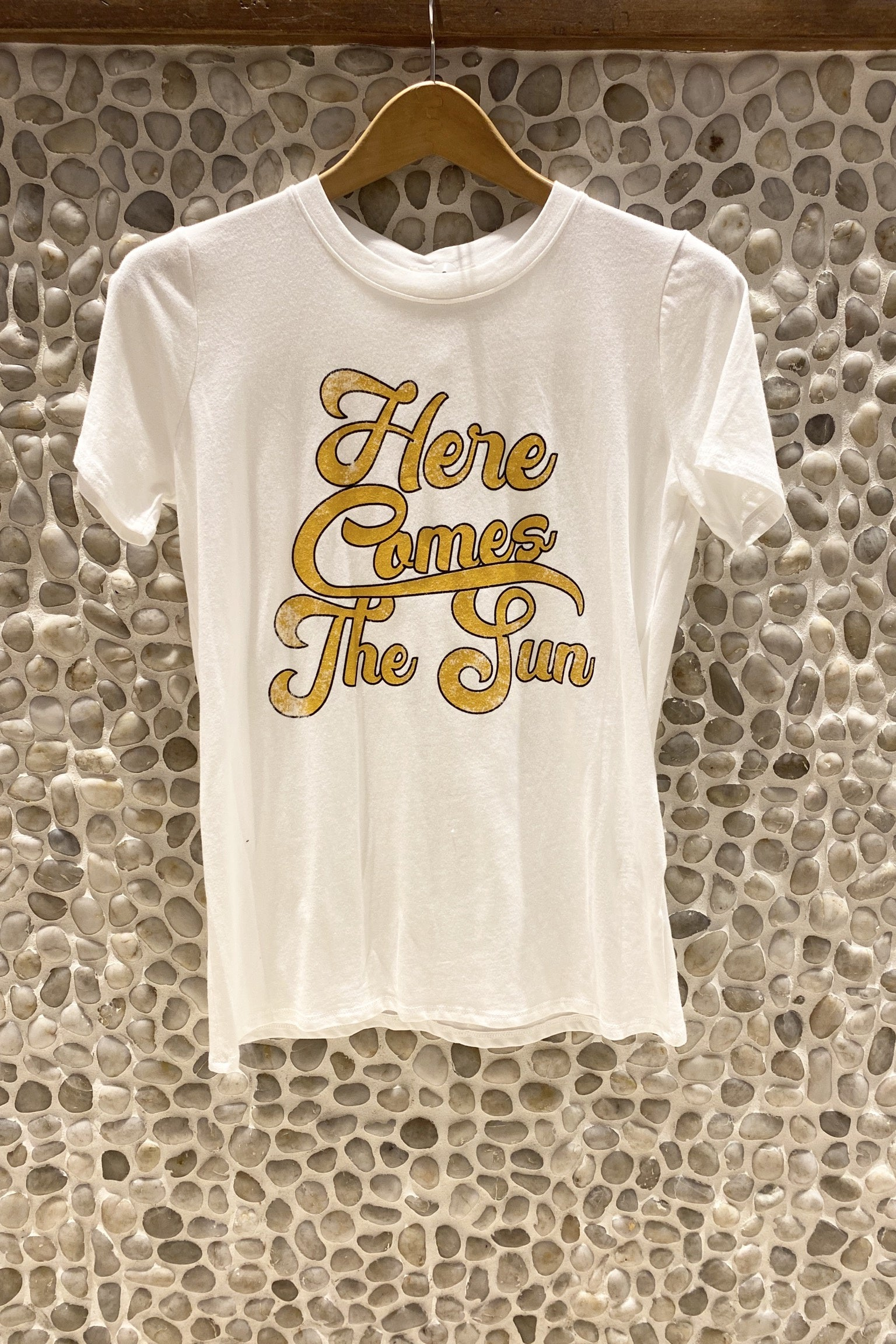 Here Comes The Sun Graphic Tee / Ivory
