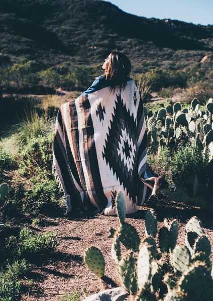 Mexican Indian Diamond Blanket / Red