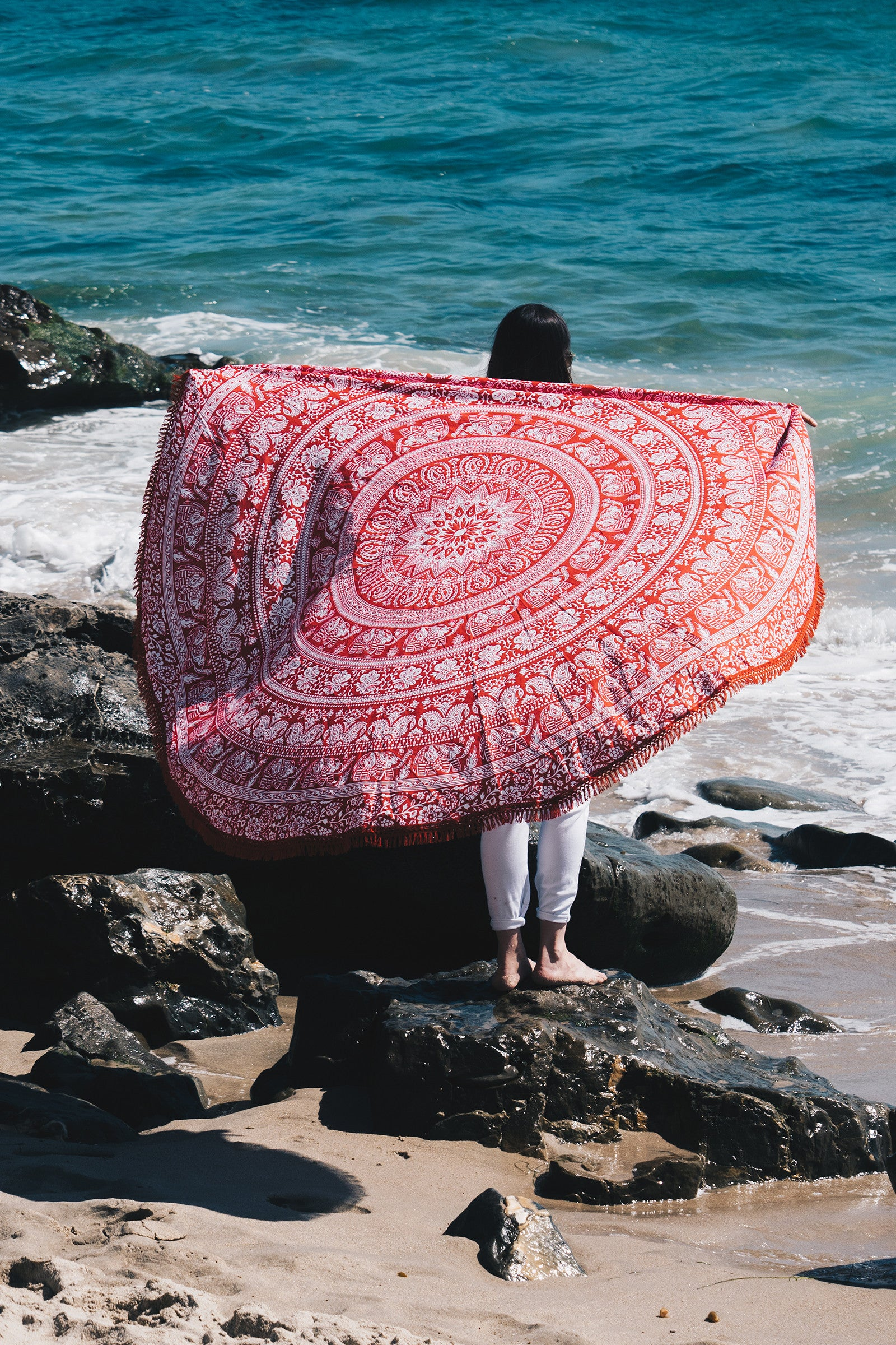 Elephant Mandala Round Beach Throw / Red