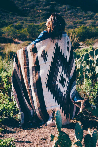 Mexican Indian Diamond Blanket / Taupe