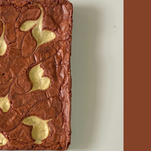 Load image into Gallery viewer, Red Velvet Brownie