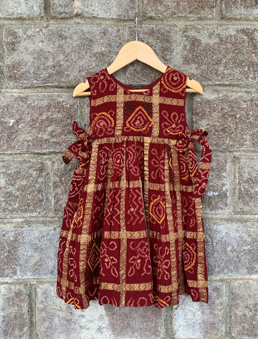 Maroon Side Tie-Up Bandhani Frock