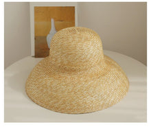 Load image into Gallery viewer, Vintage French Hepburn Mesh Primary Color Straw Hat Sun Seaside Beach Hat Female Summer Big Sun Cap Handmade High Quality Match