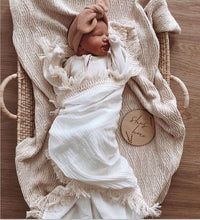 Load image into Gallery viewer, Muslin Cotton Baby Blanket Fringe 2 Layer Newborn Tassel Blankets Swaddle Warp Bed Baby Photography Props Newborn Bath Towel