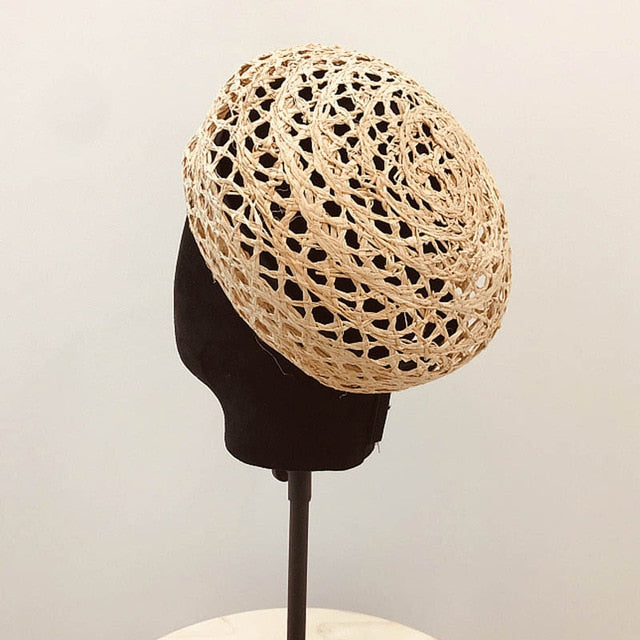 Trendy Summer Women Beret Cloche Raffia Sun Hat Adjustable Girl Straw Beret Sun Beach Cap Ladies French Style Papyrus Beret