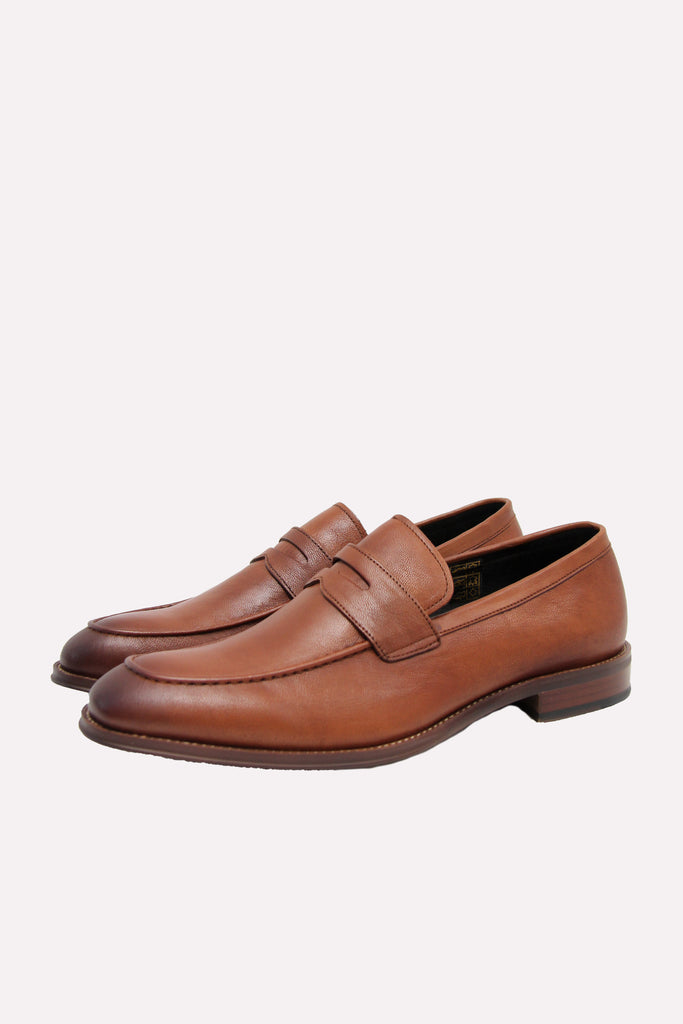 John White Tarbole Tan Loafer Shoe