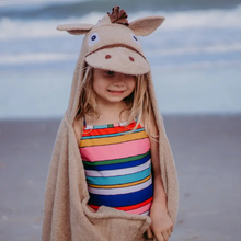 Load image into Gallery viewer, Horse Hooded Towel