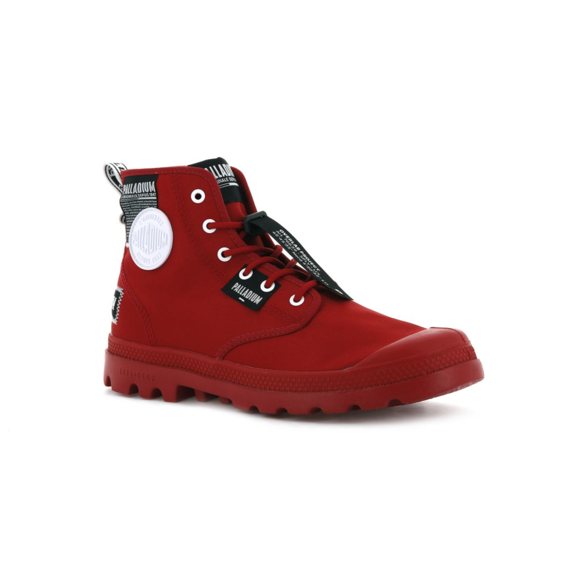 Mono colour red boot with different patches and badges on - Brand Palladium