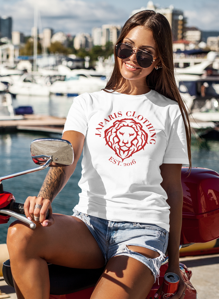WOMEN'S BECOME THE LION T SHIRT-RED